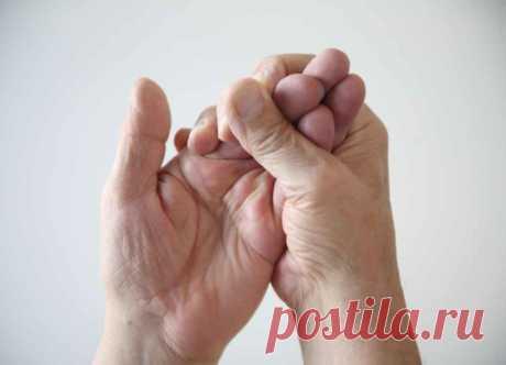Народный рецепт очистки сосудов против онемения рук