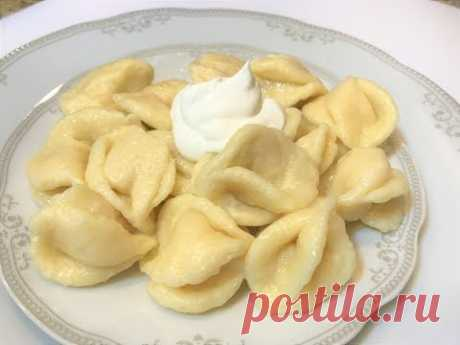 PEREZOSO VARENIKI con el Requesón de la Infancia. Pierogi With Cottage Cheese.