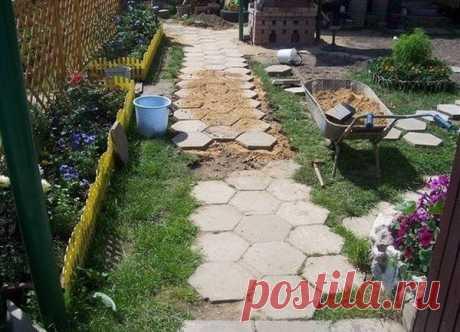 Тротуарная плитка своими руками – проще простого! | Ведущий строительный портал | Яндекс Дзен