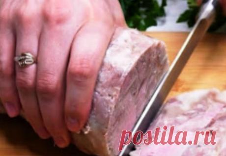 Вареная колбаса в бутылке: ставим на ночь и утром уже готовим бутерброды