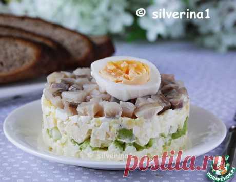 Норвежский салат с сельдью – кулинарный рецепт