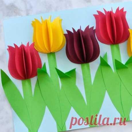 ПОДЕЛКИ К 8 МАРТА. Воспользуйтесь готовым шаблоном (см. прикрепленный pdf-документ) чтобы сделать объемную аппликацию с тюльпанами  в подарок маме или бабушке на 8 Марта. #8марта@roditeli_i