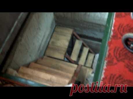 Как встроить лестницу в маленьком подвале.