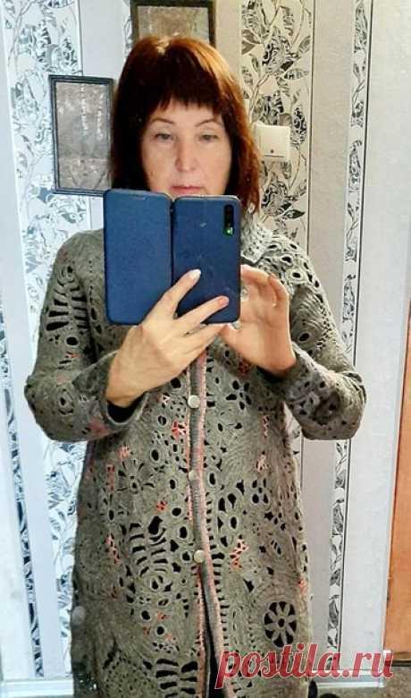 Вера Оснадчук Пальто связано с ниток Нако 500м в 100гр.