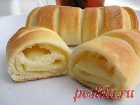 Чайные булочки с плавленым сыром