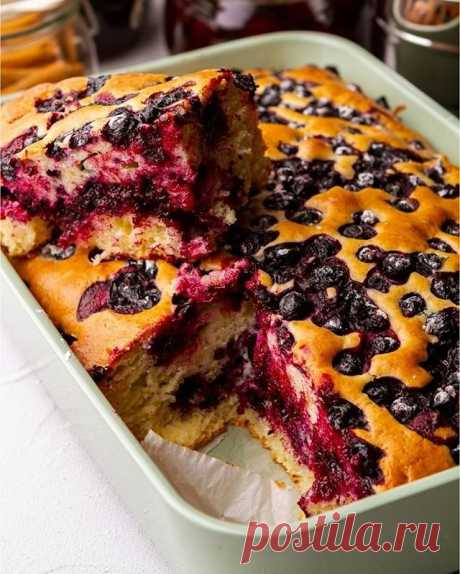 Бездрожжевой пирог с черной смородиной — Sloosh – кулинарные рецепты