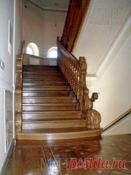Изготовление лестниц, ограждений, перил Маршаг – Лестница ценных пород дерева