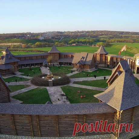 Крепость в парке семейного отдыха Кудыкина гора  Фото: _ab_asya_