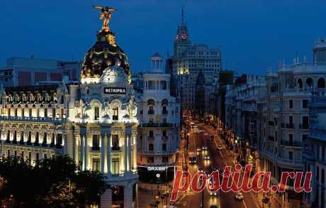 «Здание Эдифисио Метрополис – это один из символов Мадрида.» — карточка пользователя Елена П. в Яндекс.Коллекциях
