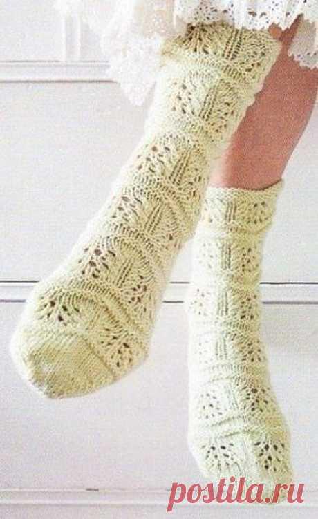 """Красивые носки спицами Конкурс """"Счастливый комментарий"""" - комментируй публикации, получай призы каждую неделю! Детали конкурса читайте здесь ЗДЕСЬ"""