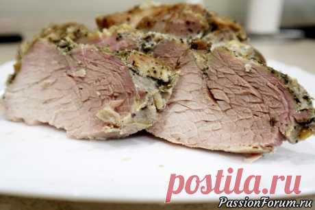 Запеченная свинина в фольге - запись пользователя Podomashnemy в сообществе Болталка в категории Кулинария Очень вкусная, сочная и мягкая свинина получается по этому рецепту. Мясо вкусное как в холодном, так и горячем виде. Великолепно подойдет к любому гарниру или салату, а также послужит отличной замене колбасы для бутербродов. Рекомендую!