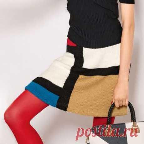 Женская юбка в стиле колор-блок спицами – схема вязания с описанием и фотогалерея