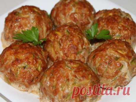 THE GREEK MEATBALLS WITH VEGETABLE MARROWS