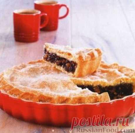 Пирог со смородиной и цукатами. Пирог готовится из песочного теста с ягодной начинкой.