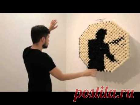 Daniel Rozin, PomPom Mirror, 2015 from bitforms gallery on Vimeo Меховое зеркало.