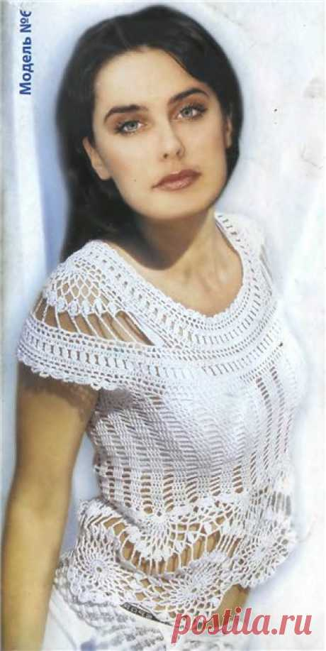 White blouse hook circular knitting. Dresses, tunics, sundresses for women a hook   Housekeeping for all family.