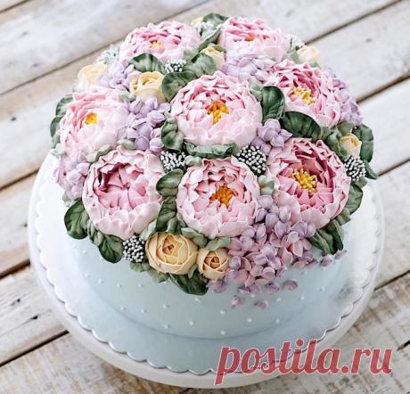 Невероятно красивые весенние торты-цветы