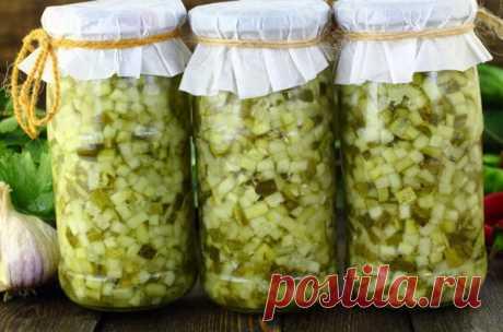 Заготовка огурцов для салатов на зиму: рецепт с фото – всего 6 шагов - Onwomen.ru