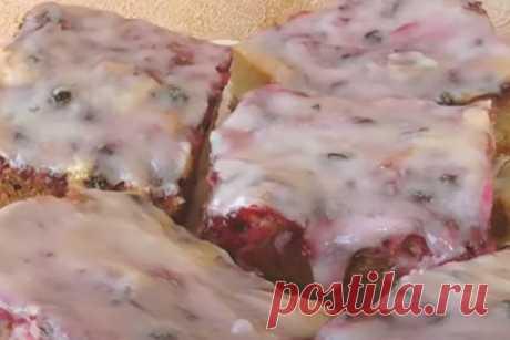 Польский пятнистый пирог с ягодами Читать далее...