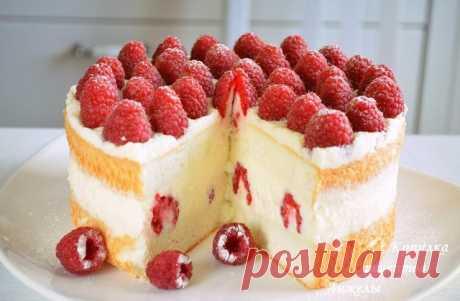 """La torta \""""la Comida del ángel\"""" \u000a¡El bizcocho blanco como la nieve, más tierno angélico + la nata montada = la torta tierna y sabrosa! \u000a\u000aEL BIZCOCHO ANGÉLICO\u000a(El bizcocho americano de la clara de huevo).\u000a\u000aLos ingredientes.\u000a\u000aDe la ardilla de habitación t - 226 g (6 proteínas de los grandes huevos)\u000aEl azúcar - 110 g\u000aLa sal - la pulgarada\u000aEl jugo de limón - 1 h la cuchara\u000aEl azúcar de vainilla - 1 h la cuchara\u000aEl tormento - 60 g\u000aEl almidón - 30 g\u000a\u000aPara el resultado exitoso la capacidad para vzbivaniya debe ser seca puro, y los proteínas deben ser escrupulosamente separados de zheltko..."""