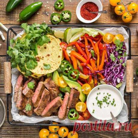 Вкуснятина: 3 крутых салата, которые легко заменят надоевшие рецепты - Вкусные рецепты - медиаплатформа МирТесен