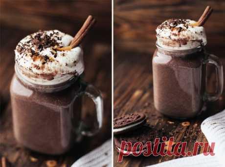 Горячий шоколад. Это фиерия кулинарного искусства. Магический напиток, способный согреть в холода и подарить хорошее настроения, когда все остальные средства бессильны.
