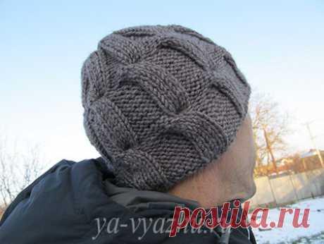 Как связать стильную мужскую шапку спицами быстро?   Вязальное настроение...