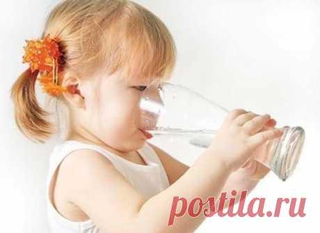 Три самых полезных напитка для ребенка.