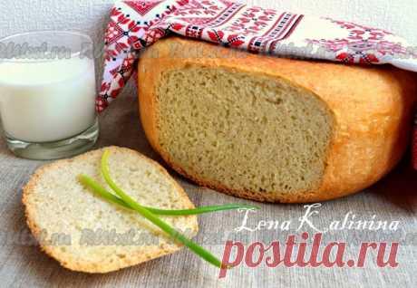 Домашний хлеб в мультиварке от Елены Калининой  Предлагаю вам испечь замечательный, очень вкусный домашний хлеб в мультиварке. Вкус у хлебушка интересный, благодаря добавлению горчицы. Сам хлеб получается высоким и отлично пропеченным. Для приготовления домашнего хлеба в мультиварке понадобится: мука - 800 г; молоко - 500 мл; дрожжи сухие - 1,5 ст. л.; горчица готовая - 1,5 ст. л.; масло подсолнечное рафинированное - 3 ст. л.; соль - 1 ст. л.; сахар - 1 ст. л.  В просеянну...