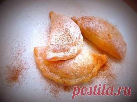 Как приготовить творожные пирожки с яблоком и корицей  - рецепт, ингредиенты и фотографии