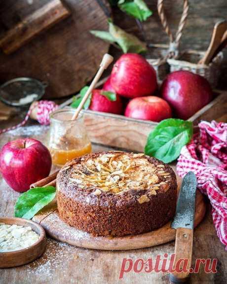 Для семейных выходных! Четыре рецепта потрясающей выпечки с яблоками