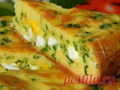 Как приготовить пирог с яйцами и зелёным луком - рецепт, ингредиенты и фотографии
