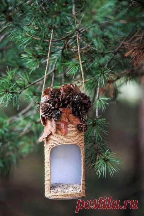Кормушки для птиц - подбор фото