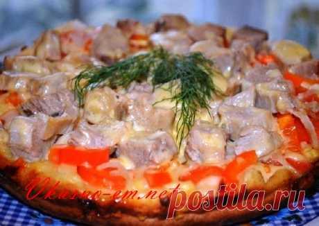 Быстрая пицца на сковороде за 10 минут на завтрак Предлагаю вам быстрый рецепт вкусной пиццы на сковороде за 10 минут. Для завтрака – это просто находка. Начинку можете использовать по своему вкусу и желанию. Колбаса, ветчина, отварная курочка - все подойдет для пиццы на сковороде! Пробуйте!