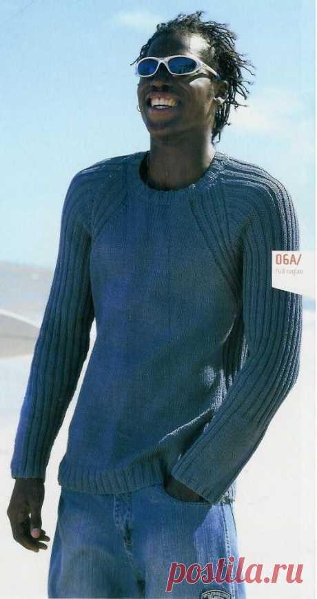 Пуловер с рукавами реглан оригинально обыгран казалось бы простой на вид резинкой 1/1. Описание для парней 15 - 17 лет и мужчин от 42-го до 56-го размера. Вязаный спицами мужской пуловер реглан с описанием из журнала Phildar 429.