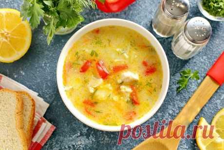 Куриный суп по-болгарски Ингредиенты: Курица — 250 гВермишель — 50 гКартофель — 2 шт.Лук — 1 шт.Морковь — 1 шт.Болгарский перец — 0,5 шт. Растительное масло — 3 ст. л.Кефир — 2 ст. л.Мука — 1,5 ст....