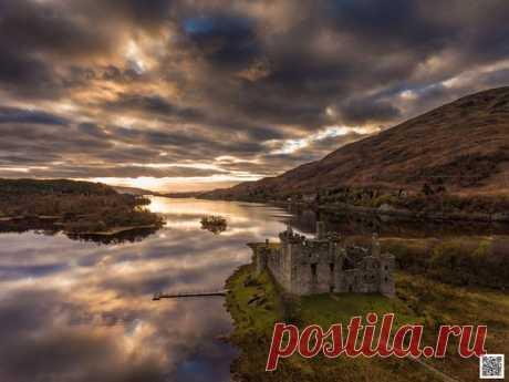 El castillo Kilhurn, Escocia. El autor de la foto — Víctor Abramkin: