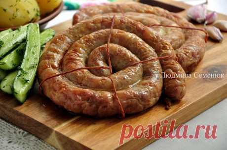 Украинская домашняя колбаса со свининой и курицей - Рецепты от ХорошоГотовим.Ру
