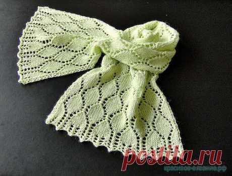 Шарфик спицами. Вязание шарфов спицами с описанием и схемой. Как связать шарф спицами. Картинки увеличиваются при нажатии.