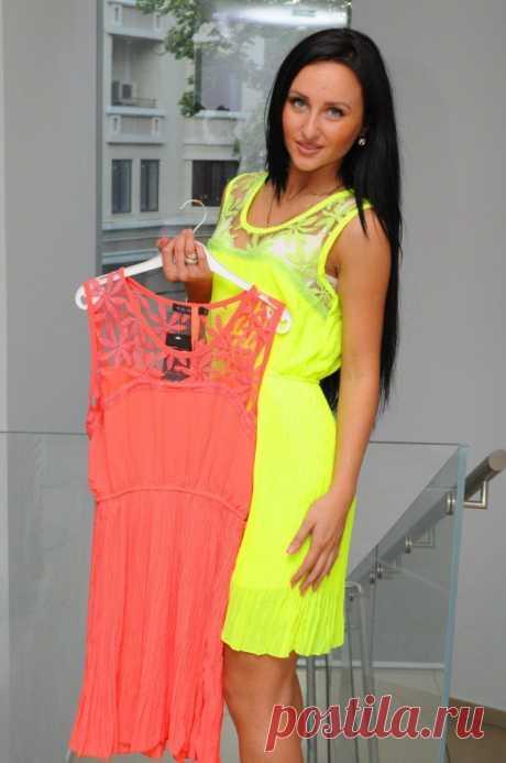 платье 1100руб. размер 44-46