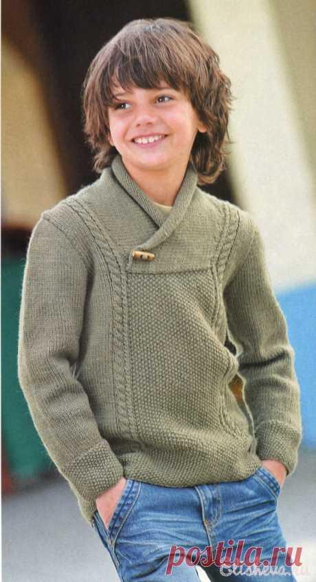 Пуловер цвета хаки для мальчика вязаный спицами