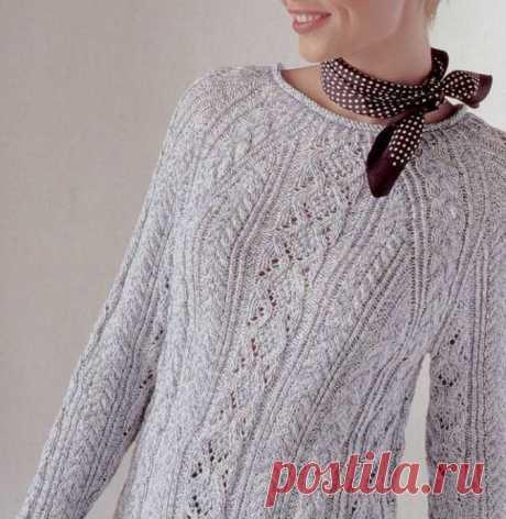 Нежный пуловер реглан с косами. Описание и схемы вязания