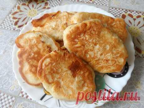Кукурузно-сырные оладьи в мультиварке - рецепт с фото