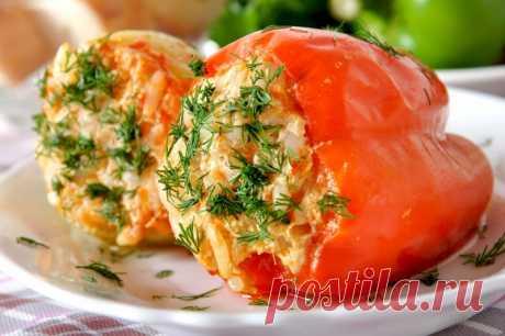 Перцы, фаршированные мясом и рисом — Sloosh – кулинарные рецепты
