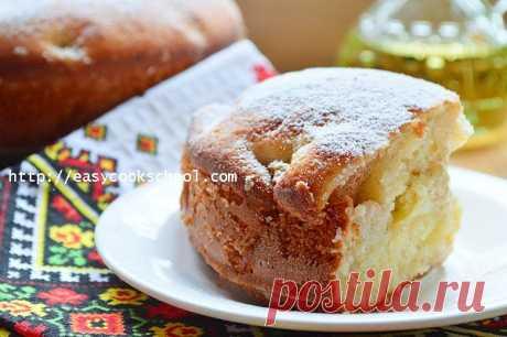 Шарлотка с яблоками на кефире: рецепт с фото пошагово в духовке | Легкие рецепты
