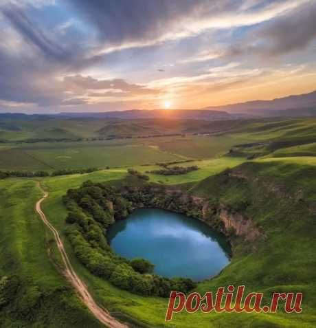 Озеро Шадхурей в Кабардино-Балкарии