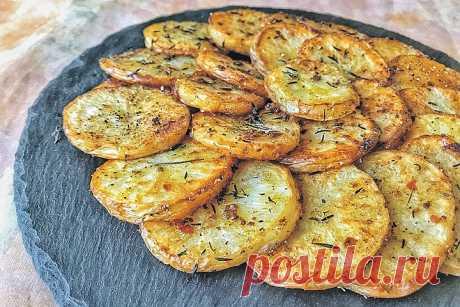 Жареным запахло Вы, конечно, в курсе, что картофель фри, например, запросто можно приготовить без единого грамма масла и даже без сковороды - в духовке. Вариации на эту тему тоже крайне интересны. Картошку очень тщат…