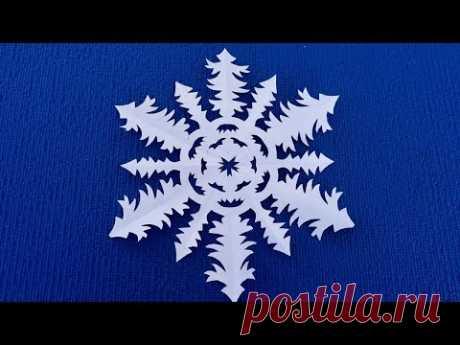 Снежинки из бумаги на новый год. Как вырезать красивые снежинки