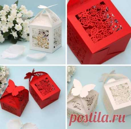 Beautiful boxes for gifts the hands