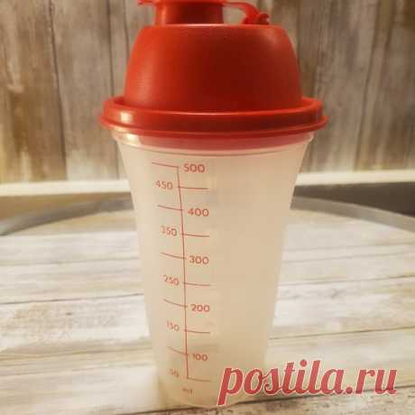 Tupperware Ranch & Gravy Shaker Shop kimontherun's closet or find the perfect look from millions of stylists. Fast shipping and buyer protection. Shaker is complete with all parts, including lid.  Measurements: 16oz. #844-27  May contain some marks or scurffs from use, but no damage.  PLEASE SEE PHOTOS FOR DETAILS